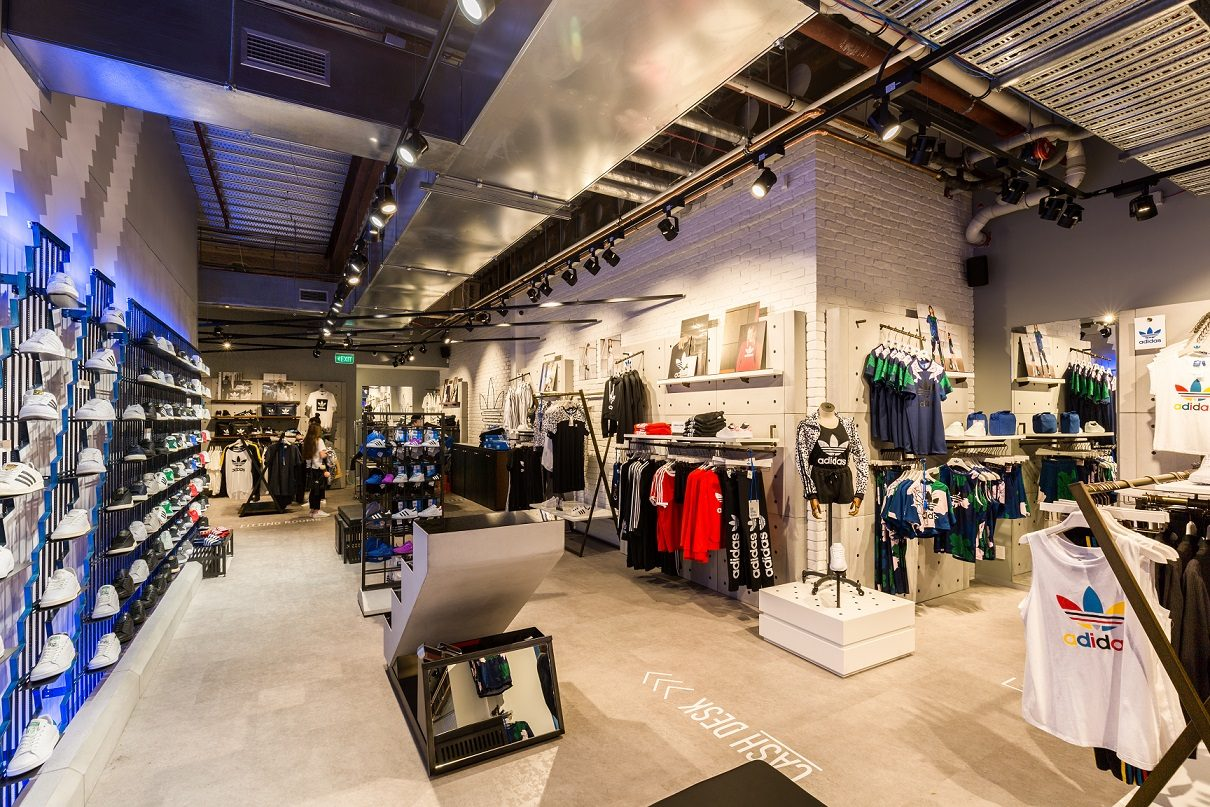 New Zealands Premier Sneaker Store. Different sportswear and apparel in Australia leave many spoilt for choice. Even though some people use an old pair of shorts and t-shirts for sports activities, they aren't the best attire for working out.